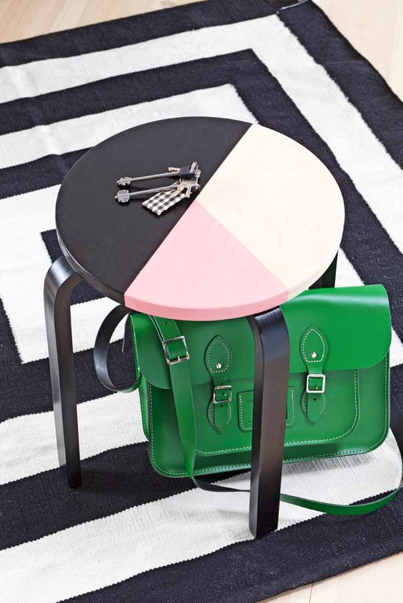 27-little-paint-makes-a-big-difference-color-blocking-with-pink-black-and-white