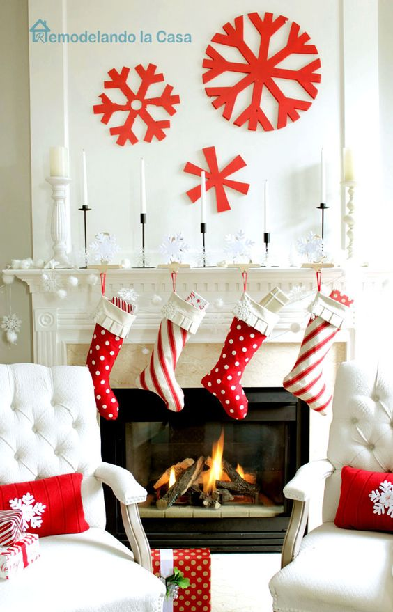 29-red-and-white-stockings-large-red-snowflakes-on-the-wall