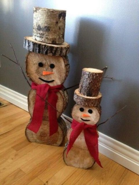 32-reclaimed-wood-snowmen-with-red-bows