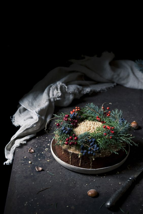 33-traditional-Christmas-cake-withevergreens-and-berries