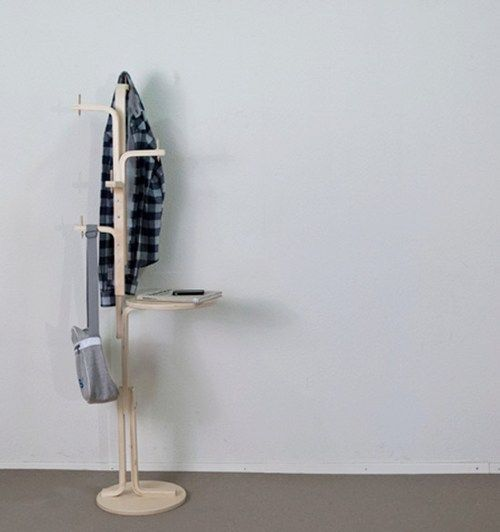 35-IKEA-Frosta-entryway-hanger-and-holder