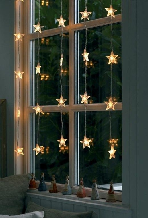 36-star-shaped-light-garlands-on-the-window