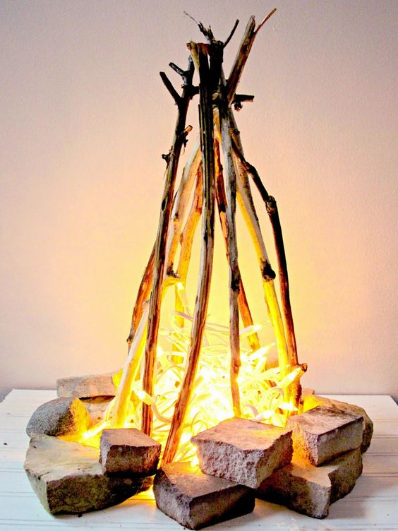 03-flameless-fire-pit-with-string-lights-can-be-recreated-inside-without-any-problems