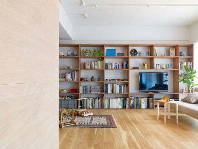 04-The-space-is-modern-and-with-an-open-layout-every-nook-is-functional-considering-the-growth-of-the-owners-child