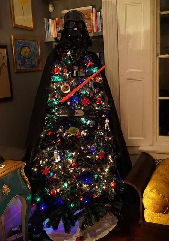 04-unique-Darth-Vader-Christmas-tree-is-a-fresh-take-on-a-traditional-one