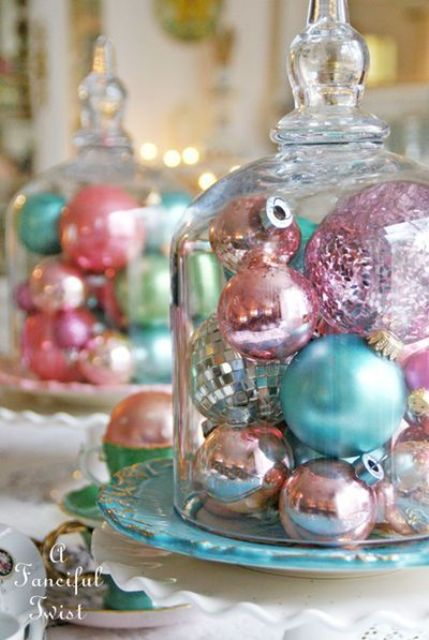 08-shiny-pastel-ornament-display-is-vintage-classics