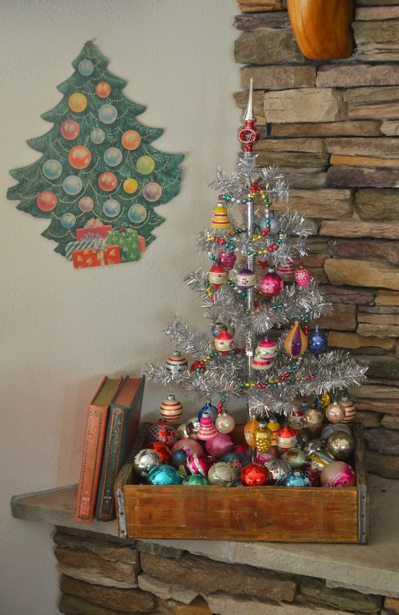 10-a-box-with-ornaments-and-a-silver-tree