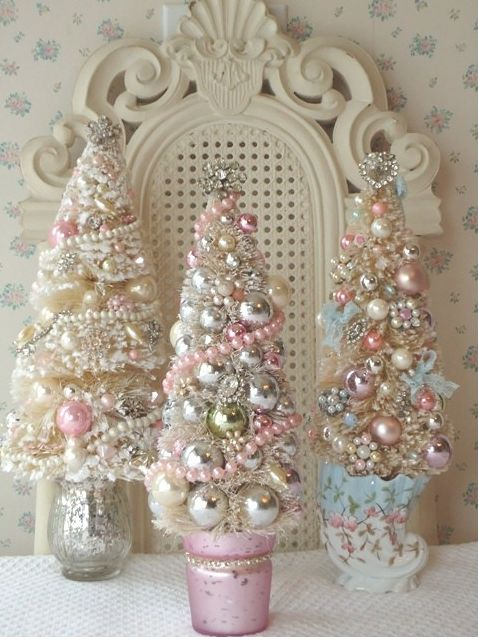 11-pastel-and-metallic-Christmas-trees-all-decorated-with-beads-and-small-ornaments