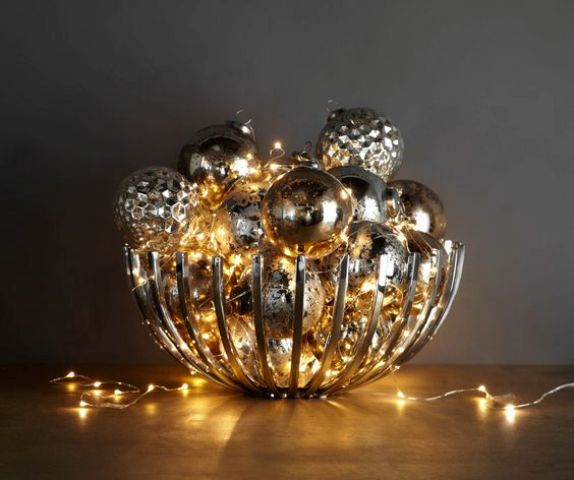 12-modern-bowl-filled-with-metallic-ornaments-and-lights