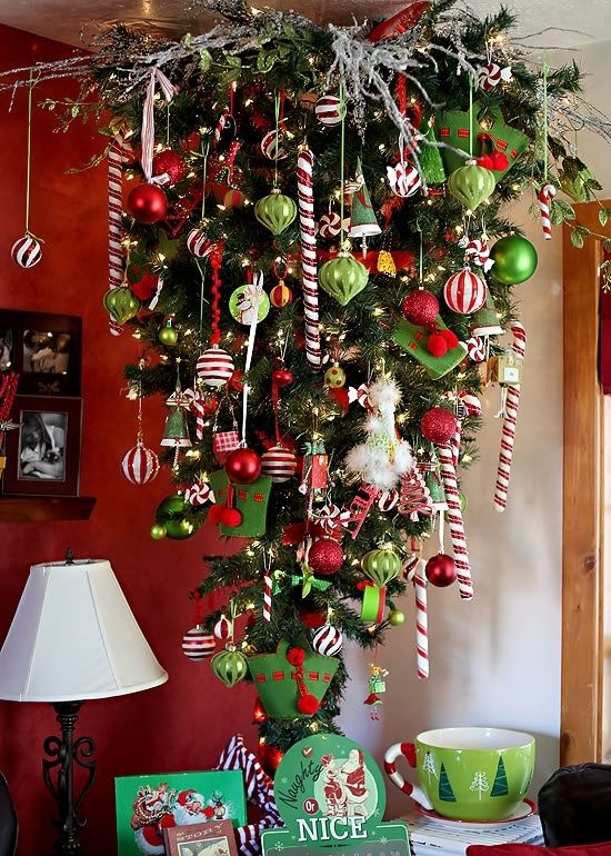 13-red-green-and-white-upside-down-Christmas-tree