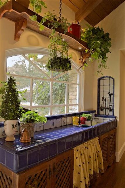 14-beautiful-blue-tiles-on-the-kitchen-island