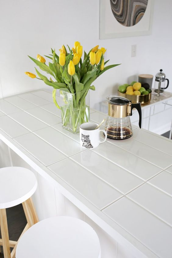 20-long-tile-countertop-with-white-grout