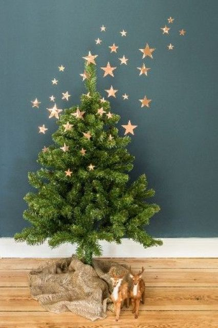 20-small-tree-with-gold-stars-on-it-and-on-the-wall