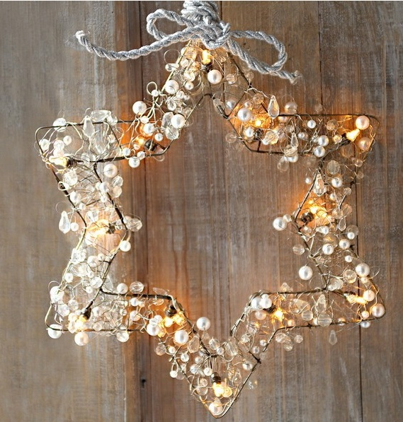 22-metal-star-decorated-with-pearls-crystals-and-string-lights