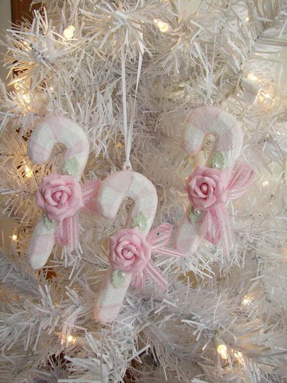 22-snowy-candy-canes-with-pink-roses-for-ornaments
