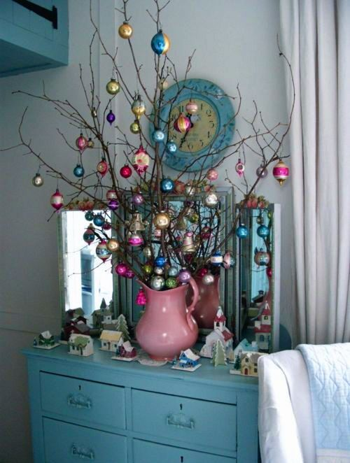26-branches-decorated-with-vintage-ornaments-for-decor