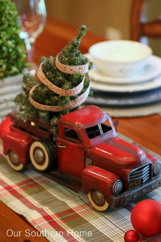 29-old-car-with-a-small-Christmas-tree-for-decor