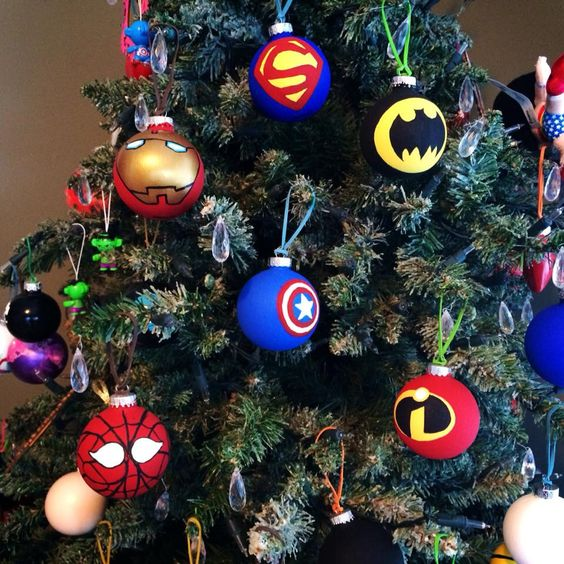 30-hand-painted-glass-Superhero-christmas-ornaments