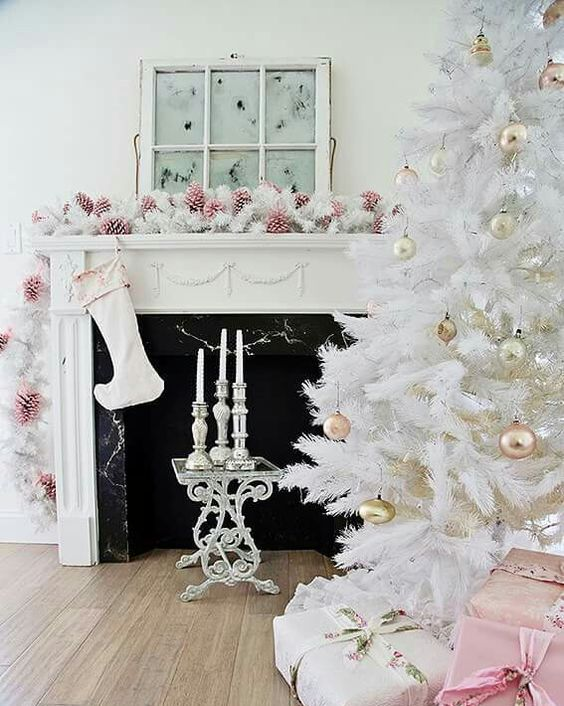36-shabby-chic-living-room-with-pink-pinecones-white-evergreens-and-gold-ornaments