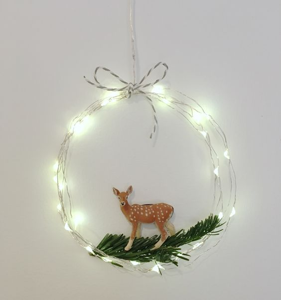 37-wire-LEDs-wreath-with-a-reindeer