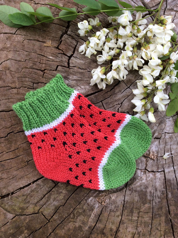 winter-knit-gift-ideas-keep-warm-hats-mittens-slippers-41-58259e2cbfd69__605
