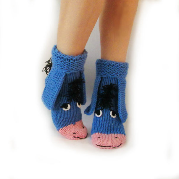 winter-knit-gift-ideas-keep-warm-hats-mittens-slippers-53-58259e4f80d2d__605